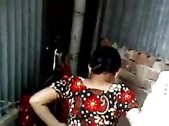 बुरा व्यवहार करने के लिए पति देता फुल सेक्सी हिंदी मूवी है
