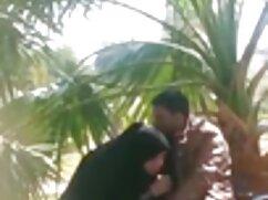 आबनूस आकर्षक सेक्सी हिंदी फुल एचडी बोगी मुर्गा के साथ उसे गधा भरता है