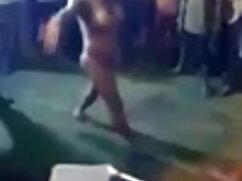 एक अच्छा सेक्सी मूवी फुल एचडी हिंदी में रैक के साथ प्यारा वेश्या उसके स्तन उसके मालिक द्वारा निचोड़ा हो जाता है