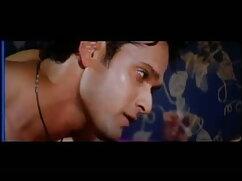 बाथरूम हिंदी में फुल सेक्सी फिल्म में छिपा हुआ कैमरा